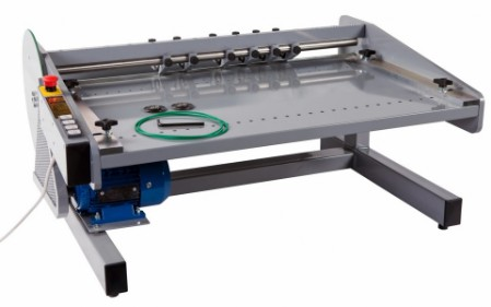 Paperfox R-760A Kisscutting, creasing, perforating machine